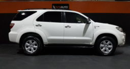 2011 TOYOTA FORTUNER 3.0 D-4D R/B A/T
